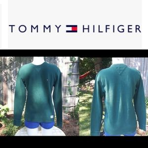 4/$15 size M Tommy Hilfiger long sleeve top